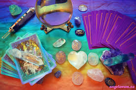 crystals 7 ways to use tarot and crystals together