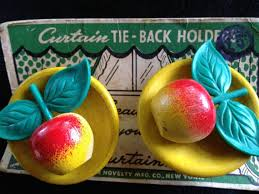 Apple Curtains For Kitchen by 183 Best Very Vtg Kitchen Curtain Pins Pulls Images On Pinterest