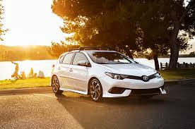2017 toyota corolla im reviews and rating motor trend
