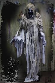 halloween ideas animated skeleton chainsaw massacre prop loversiq
