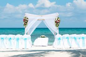 destination wedding essential questions for planning a destination wedding