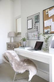 Small Desk For Small Bedroom Best 25 Small Desk Bedroom Ideas On Pinterest Small Bedroom