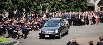 russell crowe a leading man at martin crowe u0027s funeral news 1130
