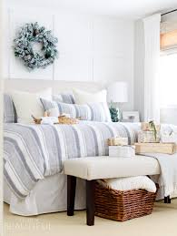 bedroom christmas room diy how to hang string lights on