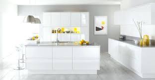 cuisine moderne blanc deco cuisine moderne deco cuisine moderne jaune blanc deco cuisine