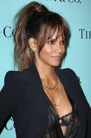 Haircuts That Make You Look Younger 10 Celebrity Hairstyles That Will Make You Look Younger U2013 Fame10