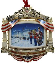 2010 official white house historical society ornament in