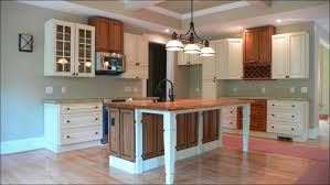 Crown Moulding For Kitchen Cabinets Kitchen Moulding For Top Of Kitchen Cabinets Crown Molding On