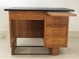 bureau chene clair bureau vintage en chêne clair 1960s en vente sur pamono