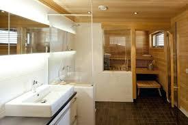 kleine sauna fã rs badezimmer bad trennwand badezimmer ideen design und bilder bad trennwand