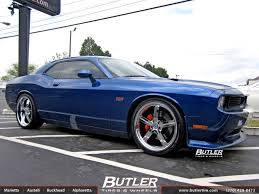dodge challenger wheels dodge challenger with 22in huntington bolsa wheels exclusively