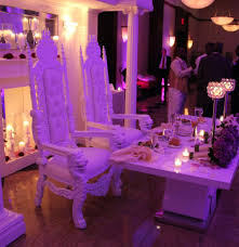 wedding decoration ideas white carved bride and groom wedding