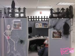 interior decoration for office cubicle u2026 halloween work ideas pinterest cubicle halloween