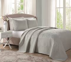 Grey Matelasse Coverlet Bedroom Horchow Bedding Matelasse Coverlet Twin Twin Bedspreads