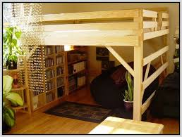 Wood Loft Bed With Desk Plans by Queen Bed Loft Frame 1000 Ideas About Queen Loft Beds On Pinterest