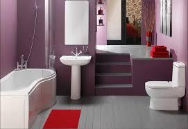 badezimmer klein badezimmer klein mit lila wandfarbe dekor und installation weiße