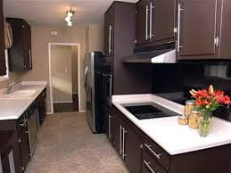 What Color To Paint Kitchen Cabinets With Black Appliances Chocolate Brown Painted Kitchen Cabinets Countyrmp