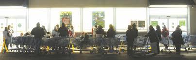 black friday why wait shopping season is on new