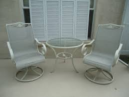 Refinishing Metal Patio Furniture - modern painted patio furniture with use painted metal patio