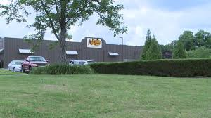 man threatened with rock pick carjacked at cracker barrel in