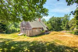 house with separate guest house chilmark house and guest house for 850 000 tea lane