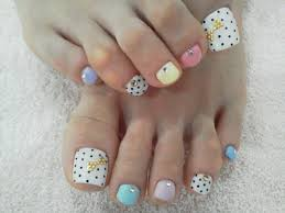 painted toenails designs how you can do it at home pictures