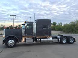 used peterbilt trucks for sale 2017 peterbilt 389 charcoal metallic 290
