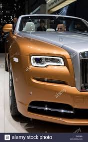roll royce brown rolls royce limousine stock photos u0026 rolls royce limousine stock