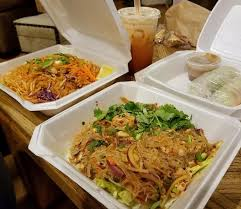 sen cuisine takeout phad jelly noodle salad yum woo sen and salad