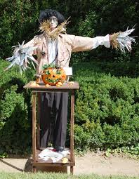 historic columbia gears up for halloween with scarecrow tour