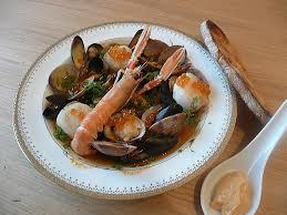 comment cuisiner les langoustines comment cuisiner des palourdes ma soupe de fruits de mer