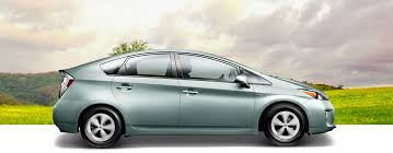 how toyota prius works how does the toyota prius solar roof feature work