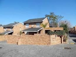 Bedroom Garden Cottage To Rent In Centurion - 3 bedroom duplex to rent in sundowner randburg south africa