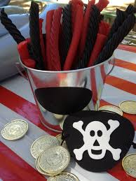 pirate theme party the busy bee pirate themed birthday party ideas for boys