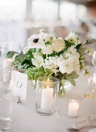 Wedding Floral Centerpieces by Best 25 White Flower Centerpieces Ideas On Pinterest White
