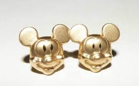 mickey mouse earrings mickey mouse earrings gift ideas