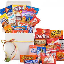 gift baskets for college students snackstravaganza deluxe snack gift basket college