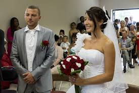 mariage et blanc le mariage en provence de stéphanie et blanc sur le thème