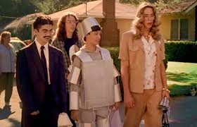 Bionic Woman Halloween Costume 15 Times Tv Characters Wore Spectacular Halloween Costumes Photos