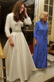 kate middleton wedding dress kate middleton actually had a second wedding dress and it s beautiful