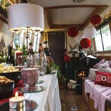 narrow boat christmas party team building and activity days