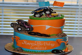 4 year old boy birthday cakes a birthday cake