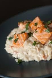 cuisine plus fr recettes après la pluie risotto crémeux citronné au saumon risotto