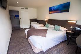 chambre 4 personnes chambre standard 3 4 pers les chambres de l hôtel à crevin entre
