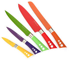 amazon com colored knives sharp vibrant stylish kitchen knives amazon com colored knives sharp vibrant stylish kitchen knives for preparing quick delicious meals snug fitting sheaths and non slip ergonomic handles