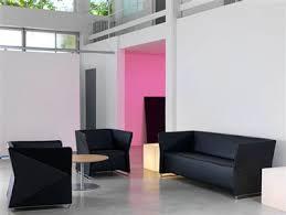 la chambre des couleurs déco et violet dans salon et chambre des couleurs pop déco cool