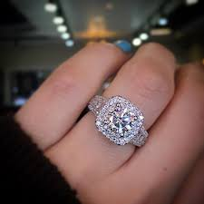 Wedding Rings For Women by According To This Idiot Women Shouldn U0027t Wear Engagement Rings To