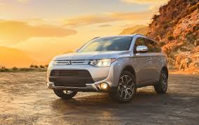 2015 mitsubishi outlander 3 0 gt a unique take on the suv review