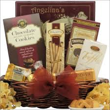 Wine And Chocolate Gift Basket The 25 Best Chocolate Gift Baskets Ideas On Pinterest Small