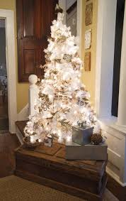 White Christmas Tree Decorations 2014 by White Vintage Christmas Ideas For A Dreamlike Holiday